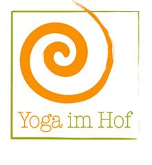 Yoga im Hof logo